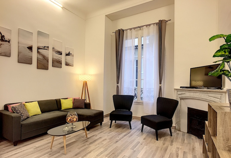 """La Capelina"" by Nestor&Jeeves, Nice, City Apartment, 2 Bedrooms, Living Room"