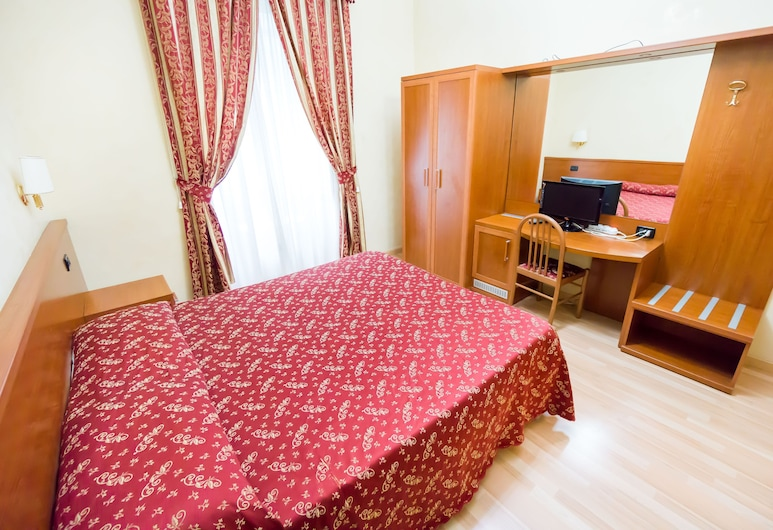 有趣宮殿青年旅舍, 羅馬, 雙人或雙床房, 共用浴室, 客房