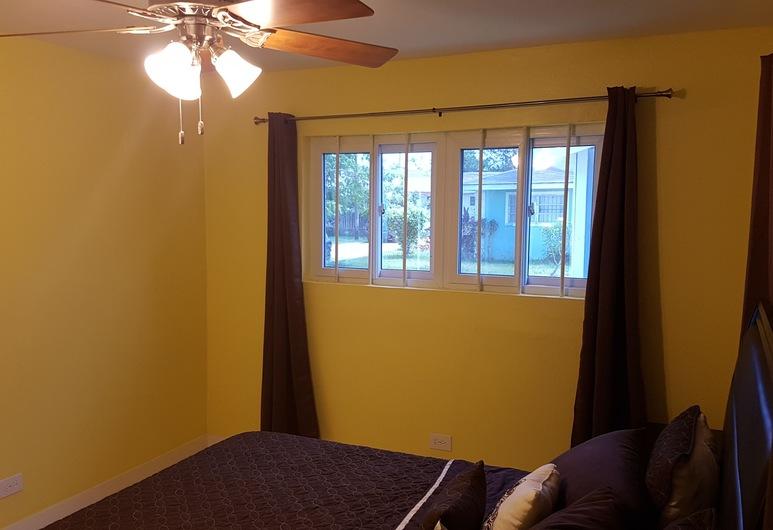 The Tranquil  C's, Nassau, Economy Apartment, 1 Bedroom, Room