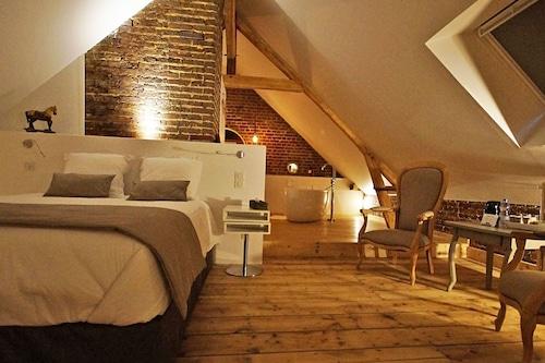 莎拉曼德拉酒店/