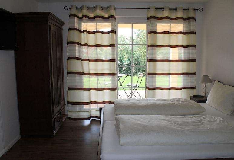Appartement Vanii, Rust, Appartement Familial, 2 chambres, terrasse, vue jardin, Chambre