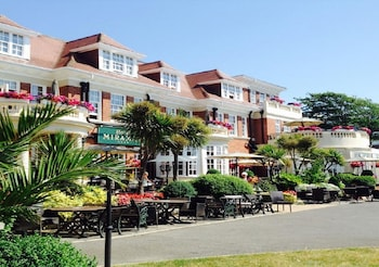 Picture of Hotel Miramar in Bournemouth