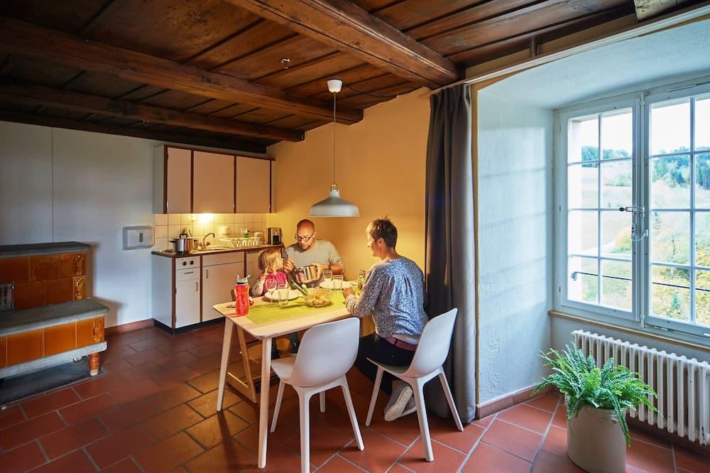 Suite Comfort, 1 Tempat Tidur Queen - Dapur bersama