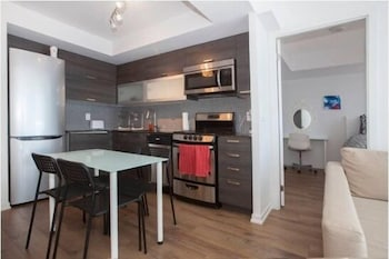 Picture of Elite Suites - Queen West Condo offered by Short Term Stays in Toronto