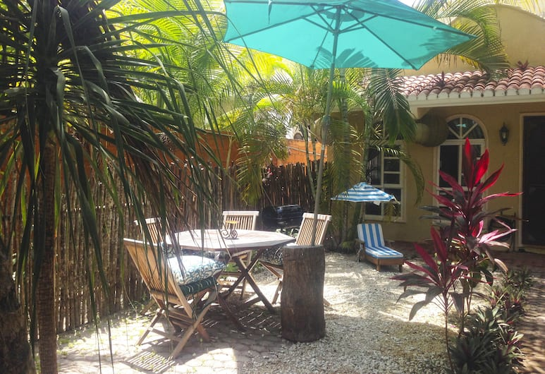 Villa Blanca by Pto. morelos Mex, Puerto Morelos, Basic Double Room Single Use, 1 King Bed, Terrace/Patio