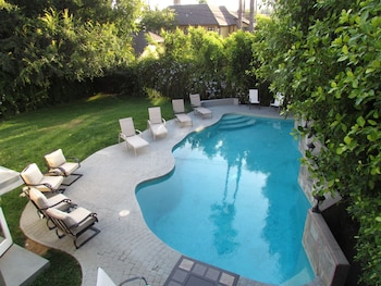 Picture of 2 Floors House with Pool and Huge Relax in Los Angeles