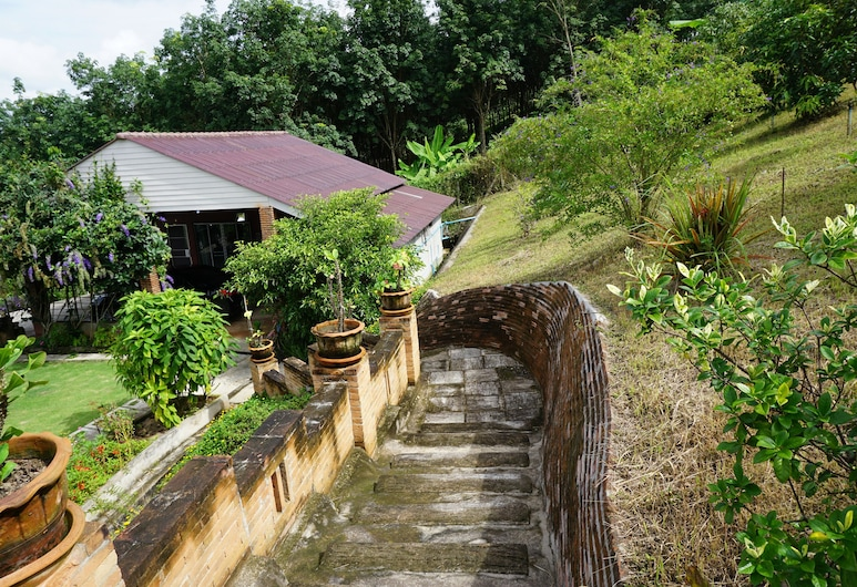 Phu Vara, Επαρχία Chiang Dao, Εξωτερικός χώρος ξενοδοχείου