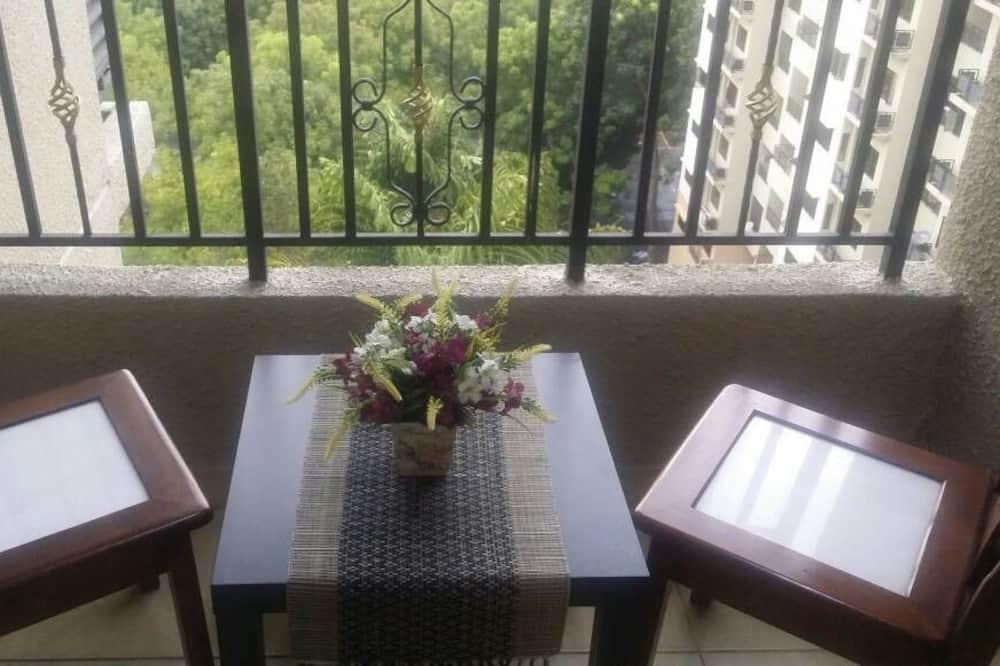 Apartamentai, 3 miegamieji (Halal-only Kitchen) - Balkonas