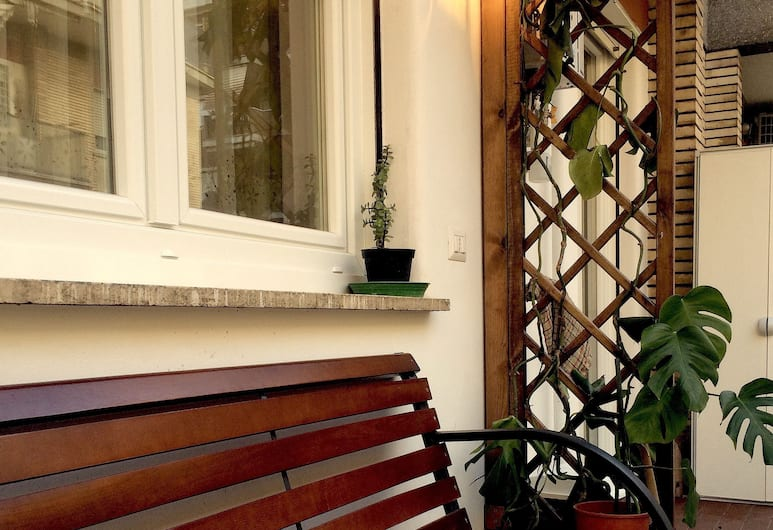 Homs sweet home, Rome, Double or Twin Room, Terrace/Patio