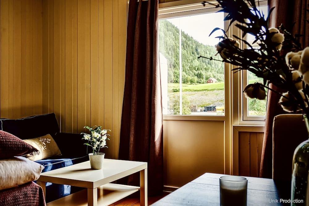 Basic szoba kétszemélyes ággyal, 1 kétszemélyes ágy - Étkezés a szobában