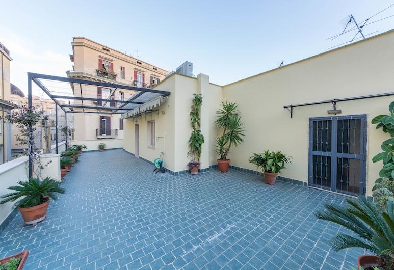 La Residenza, Naples, Ateliérový apartmán, 3 spálne, terasa, Izba