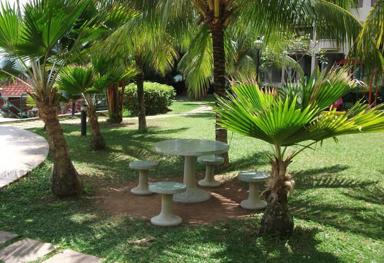 Eden Seaview Condominium II, George Town, Hotelli territoorium