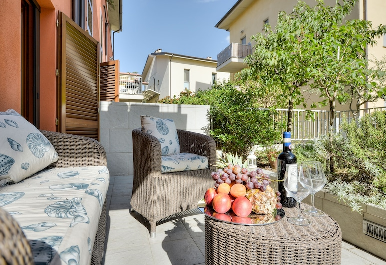Lungarno house, Florence, Family Apartment, 3 Bedrooms, Terrace/Patio