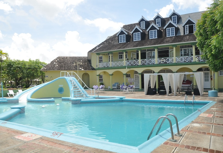 Palm View Apartments at Sandcastles Resort Ocho Rios, Ocho Rios, Kolam Renang Luar Ruangan