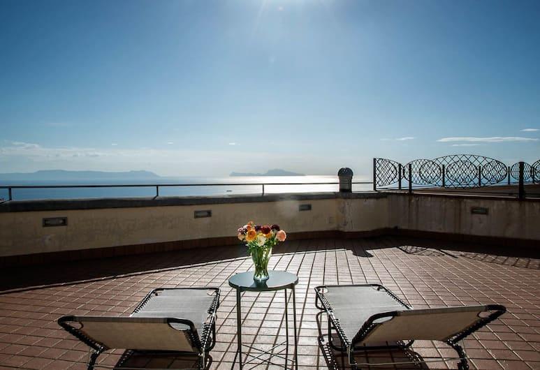 Vomero Roof, Napoli, Terassi/patio