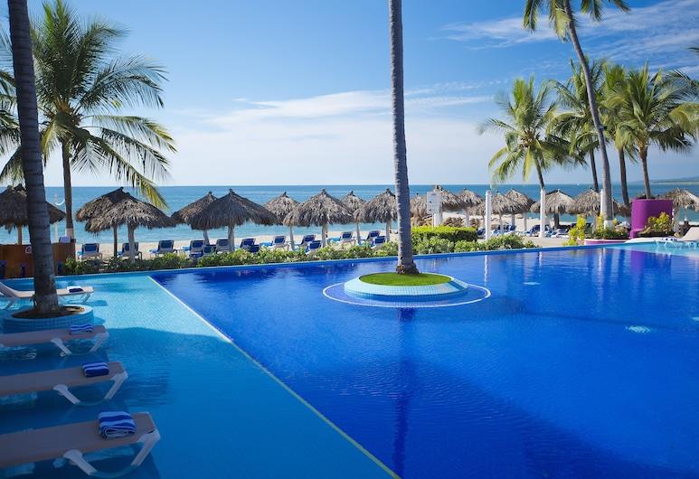 Crown Paradise Club Puerto Vallarta All Inclusive, Puerto Vallarta, Piscina con borde infinito