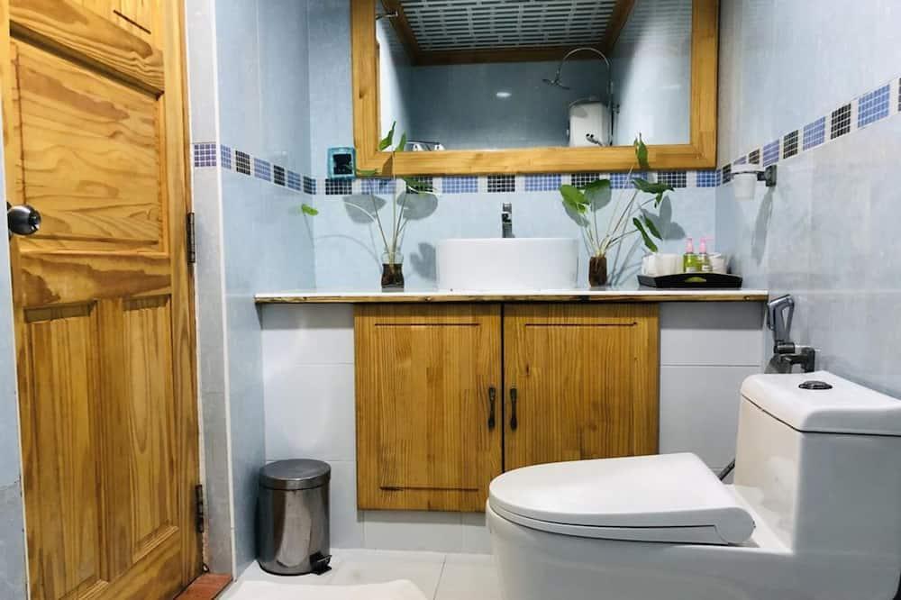 Deluxe Family Room - Vonios kambarys