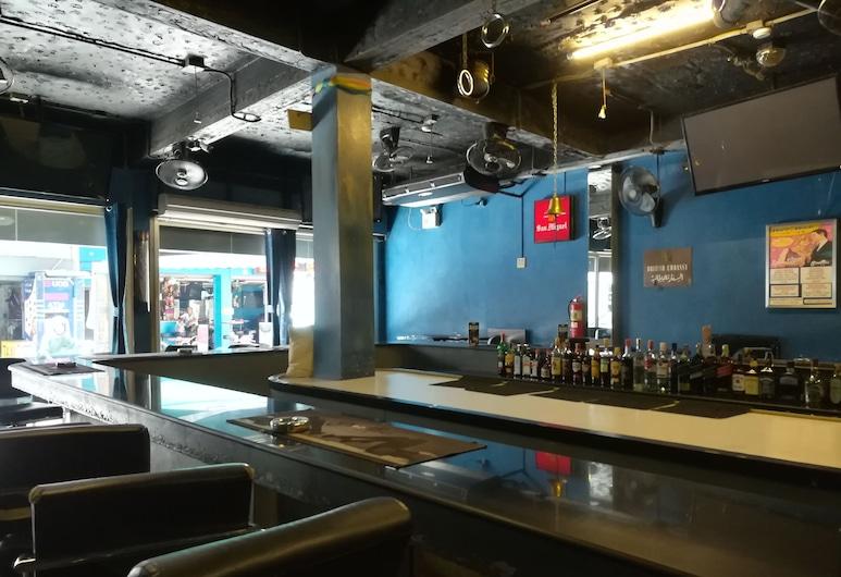 Shooters Guesthouse, Pattaya, Hotelový bar