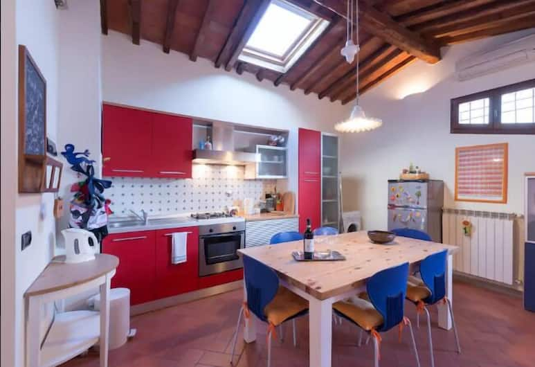 Una Finestra sulle Cappelle Medicee, Florence, Apartment, 1 Bedroom, Living Area