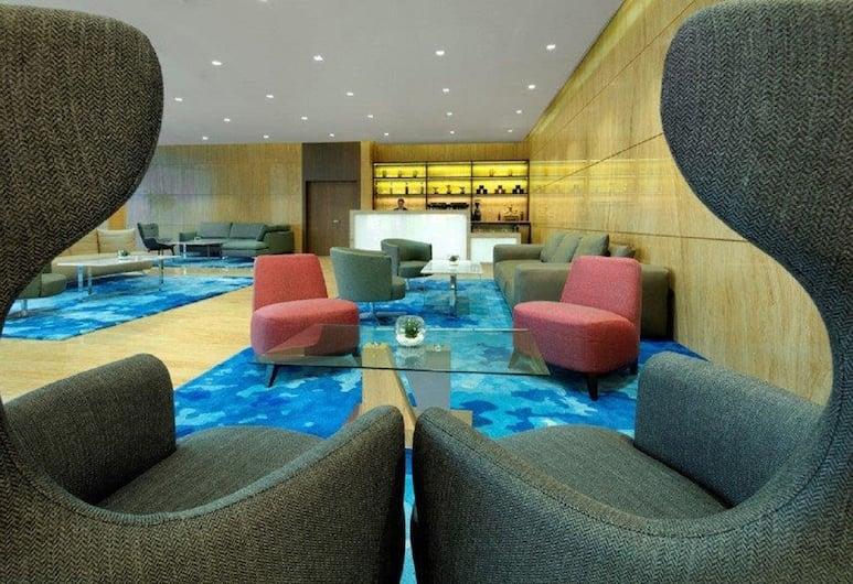 Radisson Blu Hotel Apartment Dubai Silicon Oasis, Dubai, Hotel Lounge