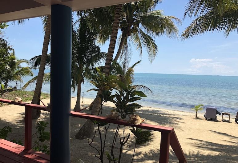 Maya Beach Hotel, Плаценция, Пляж