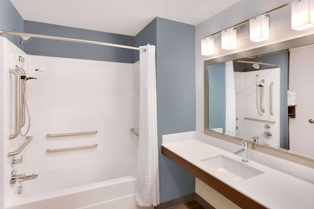 Номер, 1 ліжко «квін-сайз», обладнано для інвалідів, для некурців (Bathtub) - Ванна кімната