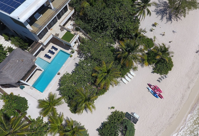 5-bedroom, Architectural Masterpiece on a Secluded Beach, George Town
