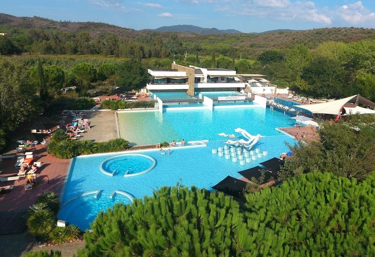羅切特露營村飯店, 卡斯提利歐尼德拉貝斯凱亞