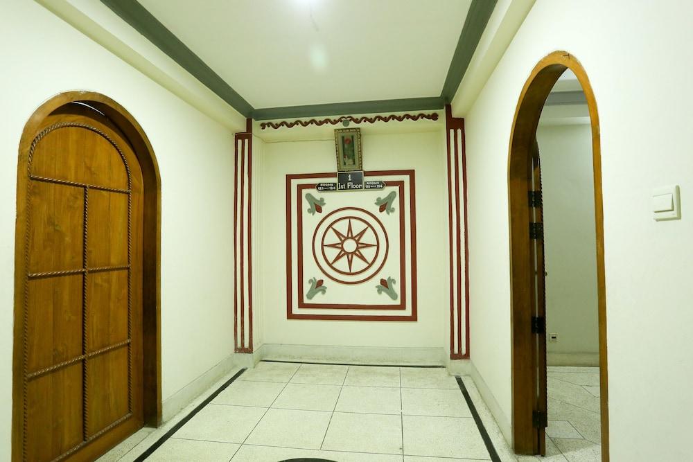 Sylcom Hotel Limited Dhaka Hallway