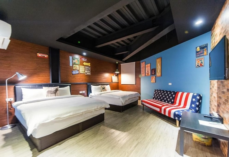X Square, Luodong, Quadruple Room, Guest Room