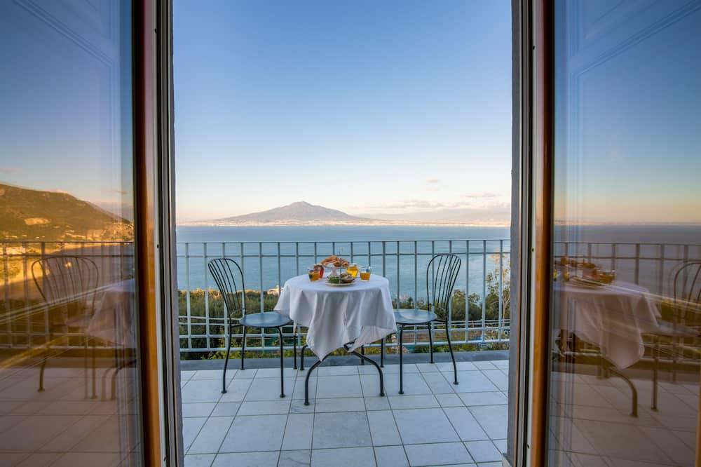 Luxury Double Room, Sea View - Bilik Tamu