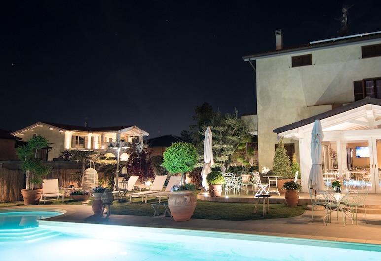 Il Giardino degli Angeli, Assisi, Outdoor Pool