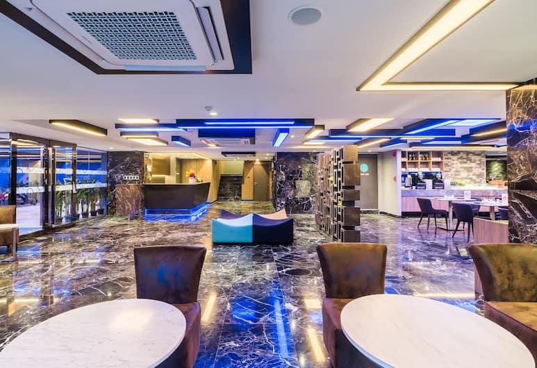 Citrus Suites Sukhumvit 6 by Compass Hospitality, Bangkok, Zitruimte lobby