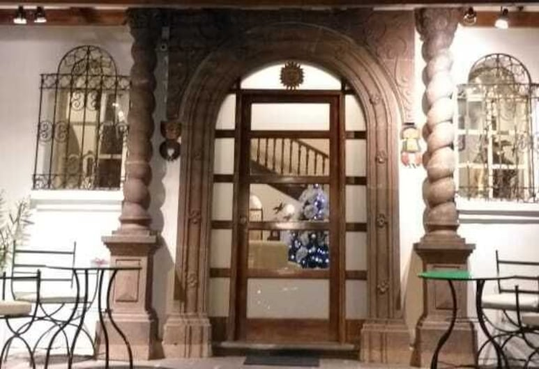 Villa De Sant Hotel Boutique, Quito, Hotel Entrance