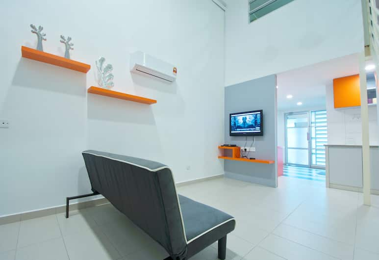 Yume Home at The Ceo Duplex Suite, George Town, Suite, Living Room