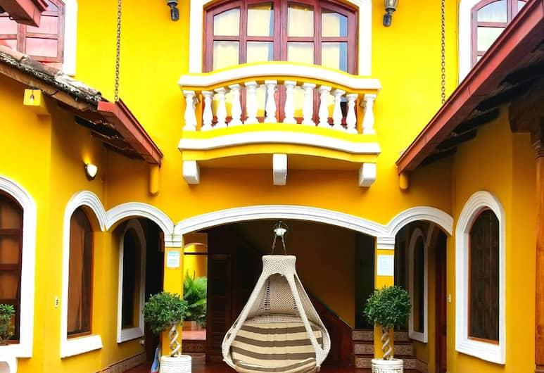 Casa Del Agua, Granada
