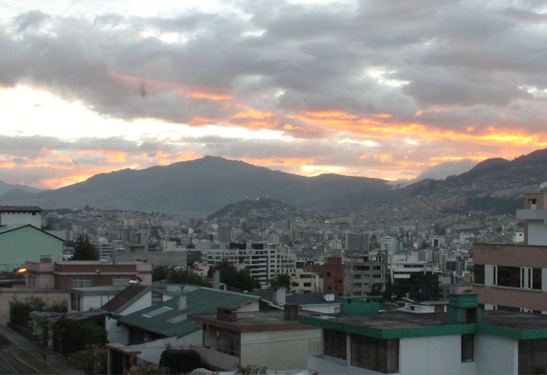 PGH Hostal Quito, Quito, Basic Double Room, 1 Double Bed, Private Bathroom, Balcony
