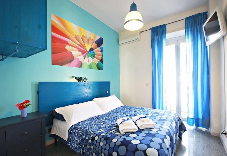 Luna d'Est, Rome, Tweepersoonskamer, gemeenschappelijke badkamer, Kamer
