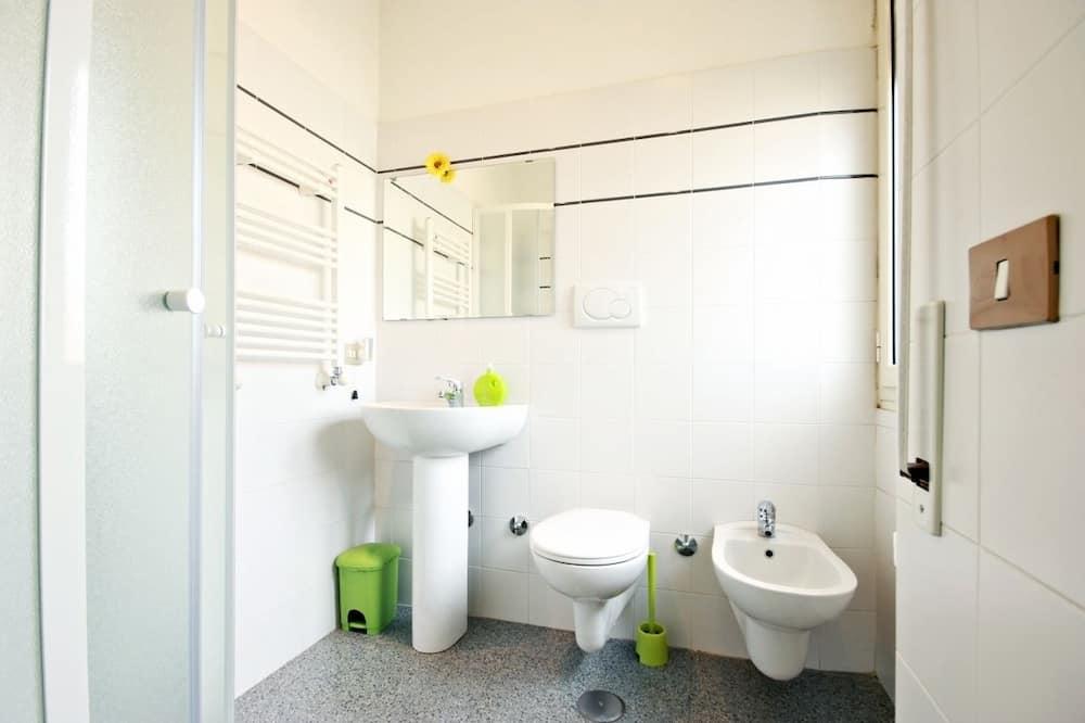 쿼드룸, 전용 욕실 - 욕실