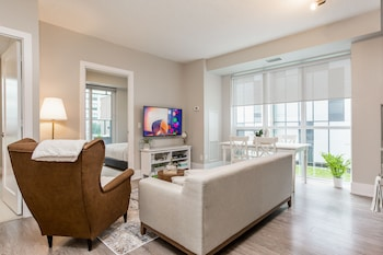 Picture of QuickStay - Breathtaking 3-Bedroom in the Heart of Downtown in Toronto