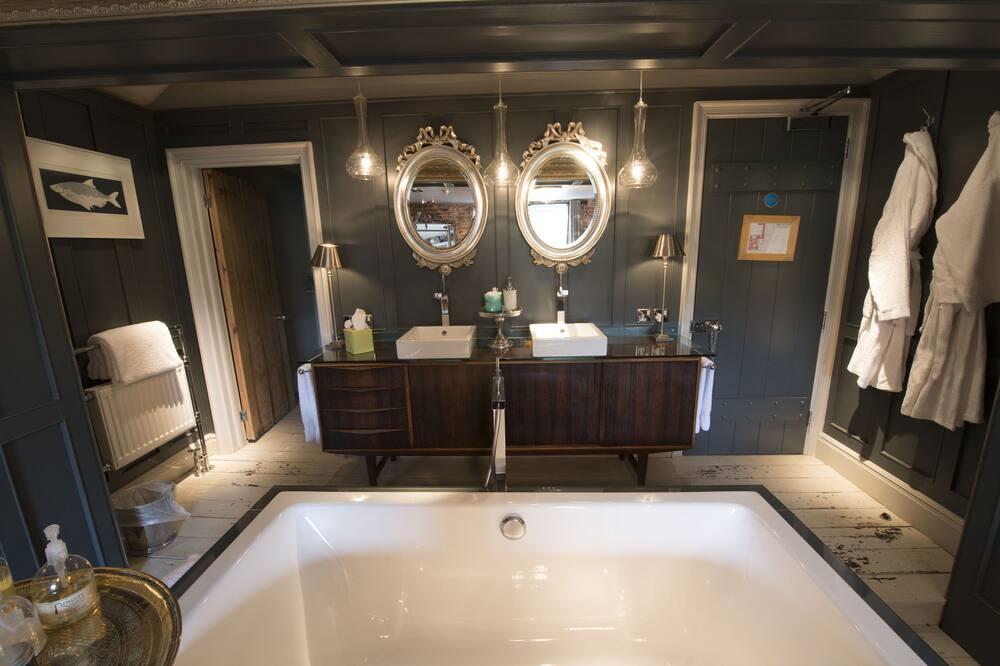 Apartmán typu Superior, vlastná kúpeľňa (BACCHUS) - Kúpeľňa