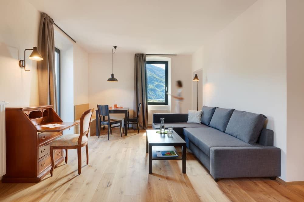 Junior Apart Daire, Mutfak, Dağ Yamacı (Birke) - Oturma Alanı