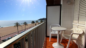 Φωτογραφία του Zodiac Apartments, Lloret De Mar