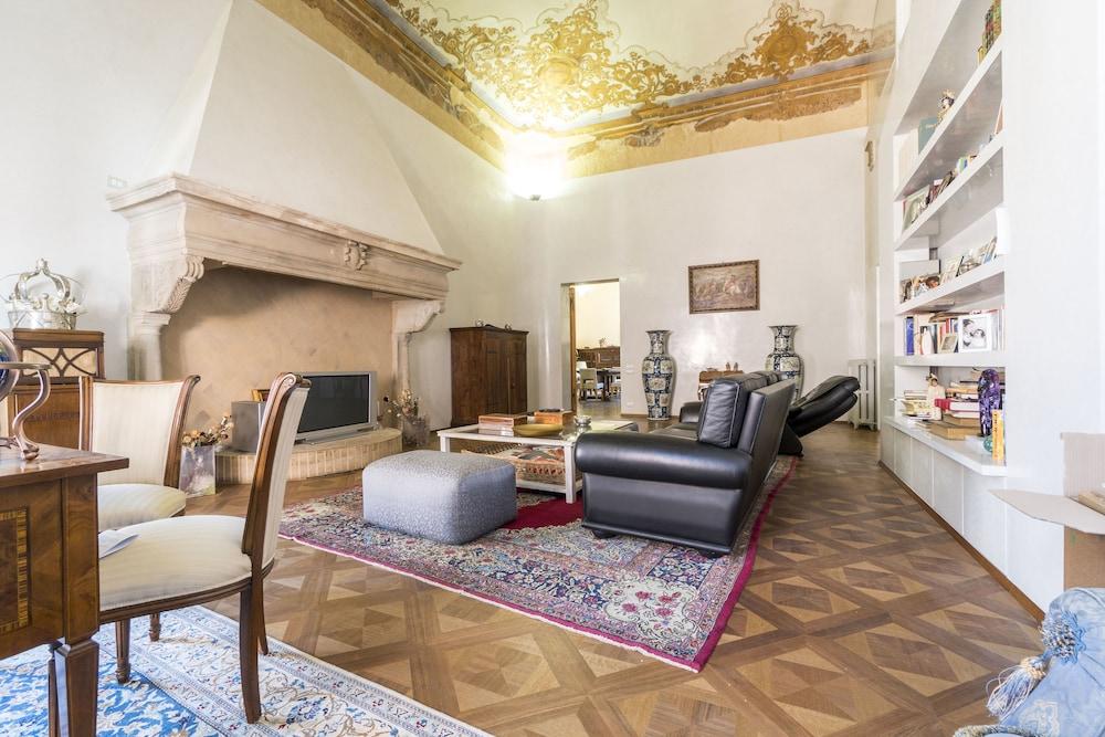 Prenota Le Stanze Degli Angeli a Bologna - Hotels.com