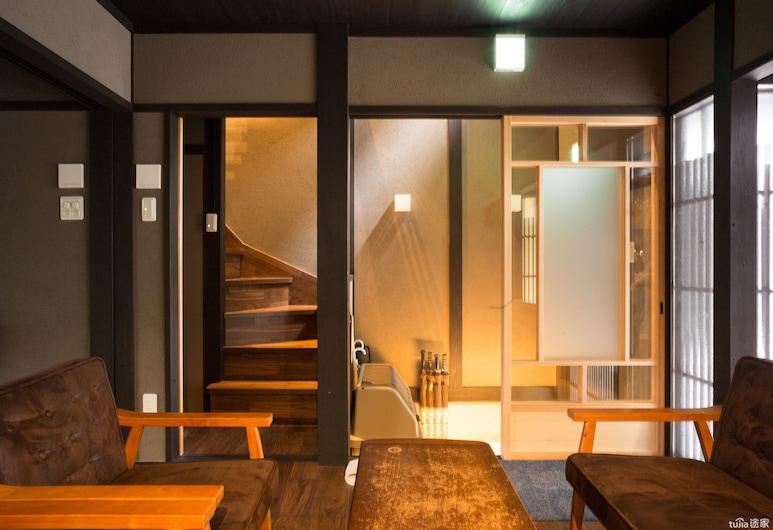 Reikaku Yasaka, Kyoto, Traditional House (Reikaku Yasaka), Living Area