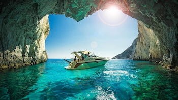 Picture of Sea View Studios & Apartments in Zakynthos