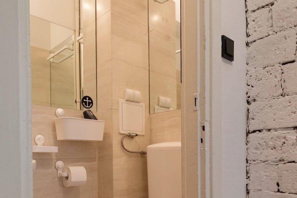 時尚開放式客房, 1 張標準雙人床和 1 張沙發床 - 浴室