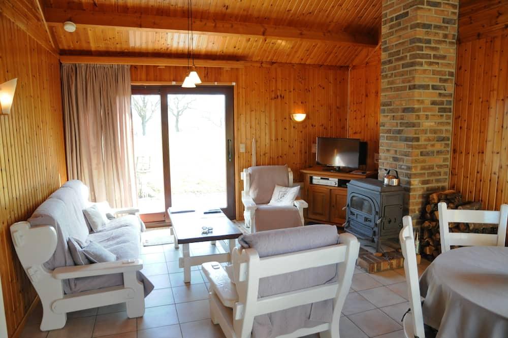 Bungalow, 3 Bedrooms, Terrace, Ground Floor - Living Room