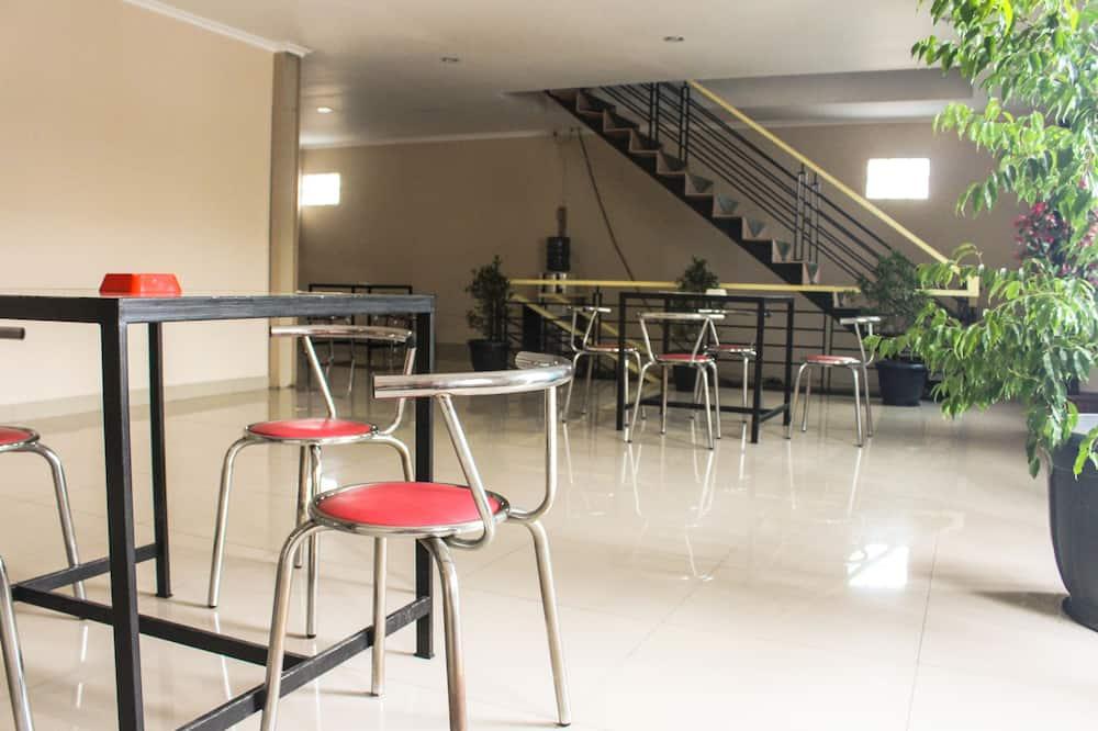 Dvojlôžková izba typu Deluxe, 1 extra veľké dvojlôžko - Obývacie priestory