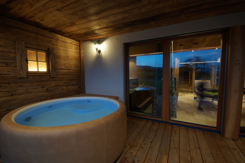 Chalets Petry Spa & Relax (Tandel, Luxembourg), Tandel Accommodation ...
